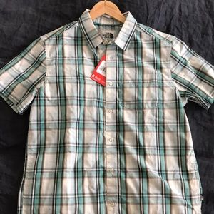 Other - The North Face shirt M